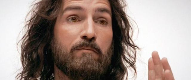Jesus-Caviezel_810_500_75_s_c1